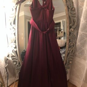 Dresses & Skirts - Vera Wang bridesmaid dress in Maroon size 8